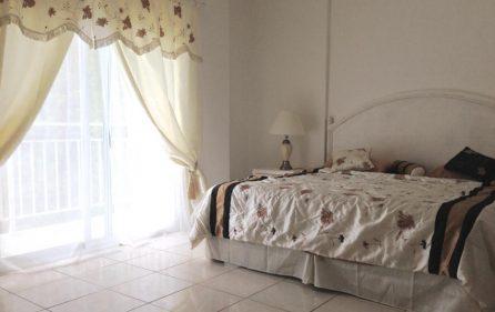 1 bedroom rent st.maarten beach auc nightlife