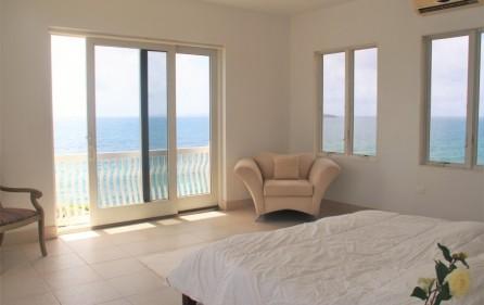 dawn-beach-waterfront-villa-sale-057-1