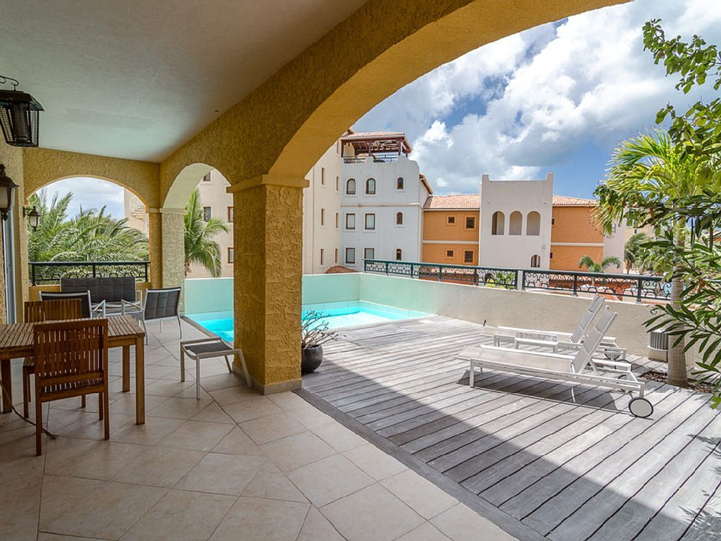 Porto Cupecoy Modern One Bedroom Condo With Private Pool