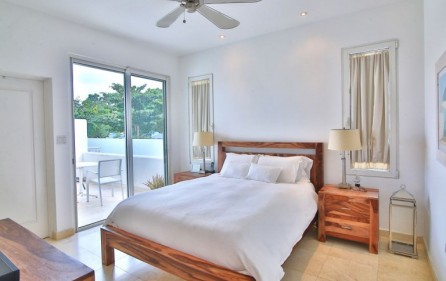 simpson bay aqualina beach condo 7