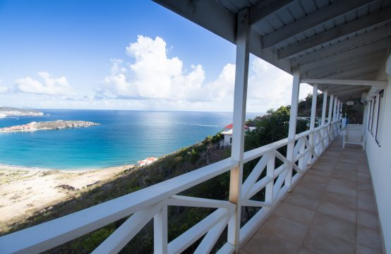 Cay Hill Beethoven Three Bedroom Ocean View Villa