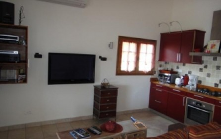 almond-grove-ruby-apartment-rental-e045-4