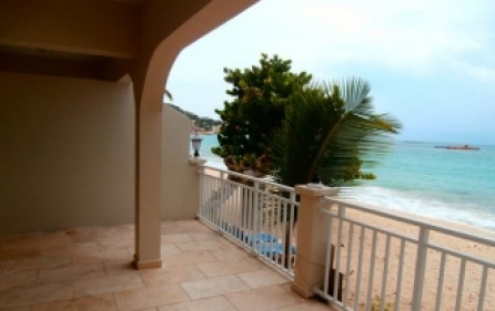 beach-front-paradise-condo-for-sale-085-2