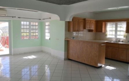bright-beautiful-apartment-rental-st-maarten-s008-8