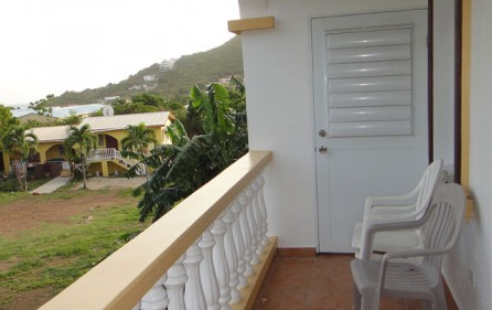 cole-bay-winds-condo-for-rent-e058-8