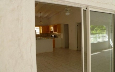 colebay-apartment-rental-r306-2