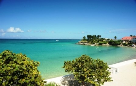 flamboyant-st-maarten-beach-front-vacation-rental-st007-2