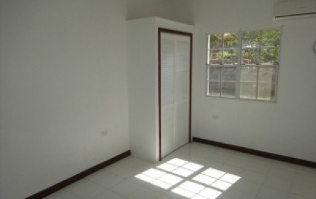 la-family-home-villa-sale-920-8