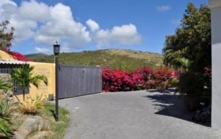 le-caprice-sxm-caribbean-villa-for-sale-009-8