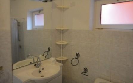 marys-fancy-villa-rental-r332-8