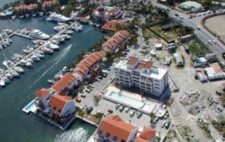 simpson-bay-yacht-club-condo-rental-r333-2