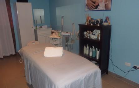 sky-st-maarten-salon-rental-k002-4