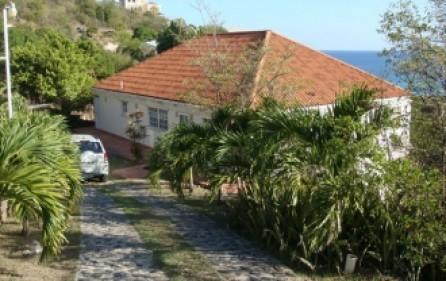 villa-melinda-rental-r345-1