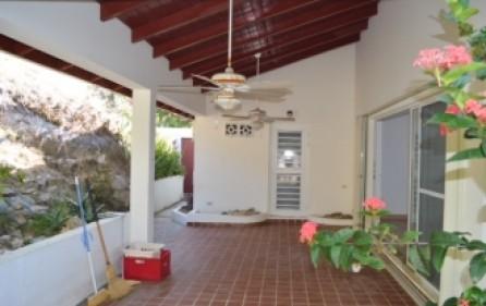 waterfront-caribbean-villa-for-sale-019-10