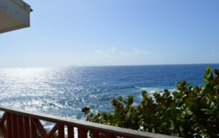 waterfront-caribbean-villa-for-sale-019-1