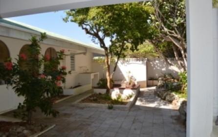 waterfront-caribbean-villa-for-sale-019-2