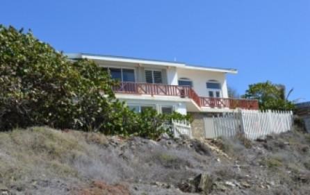 waterfront-caribbean-villa-for-sale-019-4