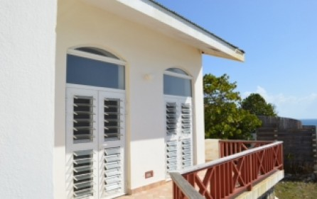 waterfront-caribbean-villa-for-sale-019-7