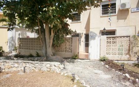 villa-wenz-caribbean-townhouse-for-sale-17