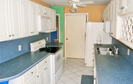 villa-wenz-caribbean-townhouse-for-sale-4