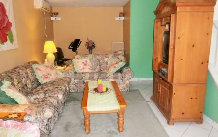 villa-wenz-caribbean-townhouse-for-sale-5