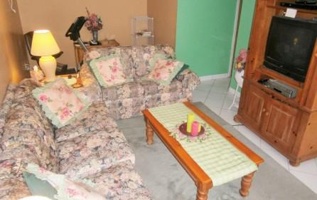 villa-wenz-caribbean-townhouse-for-sale-6