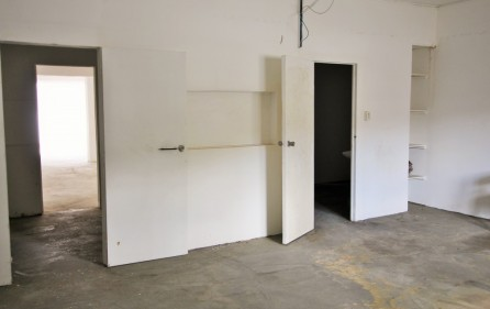 warehouse-lease-in-cole-bay-commercial-lease-1