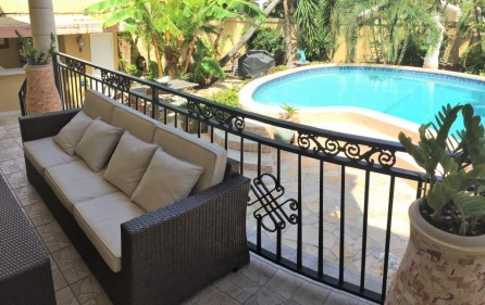beacon-hill-st-maarten-villa-with-pool-for-sale-17