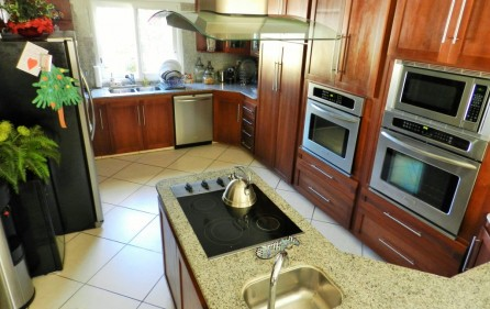 beacon-hill-st-maarten-villa-with-pool-for-sale-9