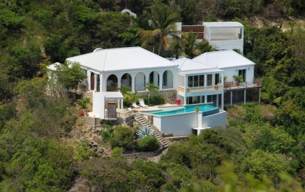 guana-bay-luxury-villa-with-infinity-pool-for-sale-15