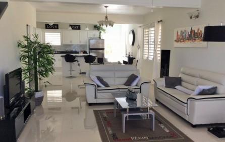 white-egret-claude-estate-condo-townhouse-for-rent-1