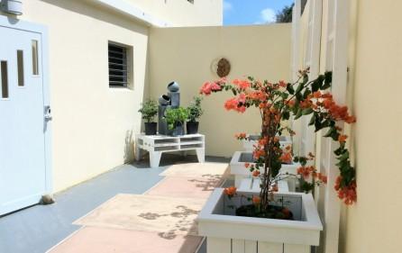 white-egret-claude-estate-condo-townhouse-for-rent-12
