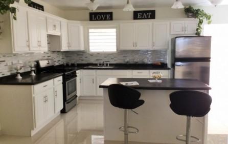 white-egret-claude-estate-condo-townhouse-for-rent-2