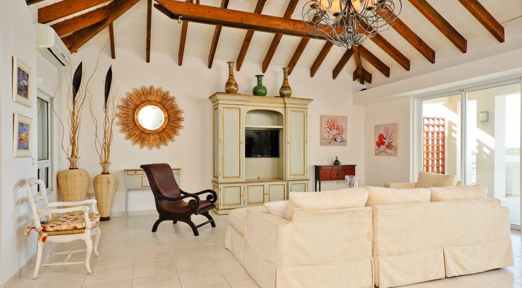 Aqua Marina Luxury Villa 4 Bedrooms 4 Bathrooms Villas For