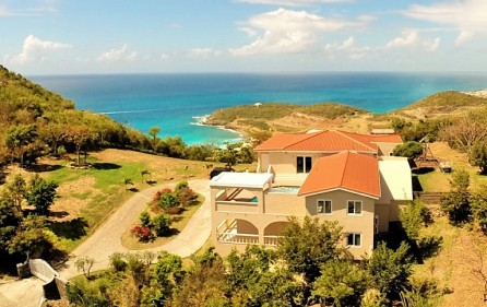 cay-hill-ocean-views-villa-for-investment-property-1