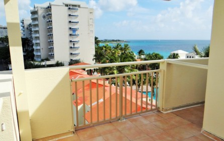 ocean-club-penthouse-condo-for-sale-cupecoy-2