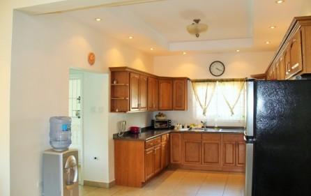 bettys-estate-new-condo-for-sale-main-2