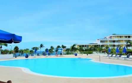 le-terasse-sea-view-condo-rental-in-maho-3