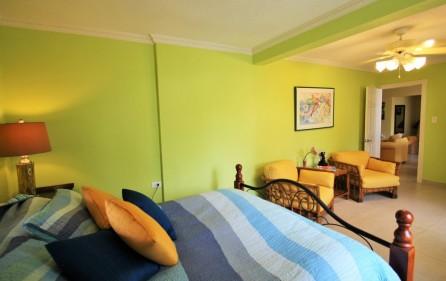 right-on-simpson-bay-beach-villa-for-sale – 11