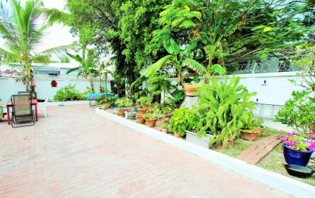 right-on-simpson-bay-beach-villa-for-sale – 18