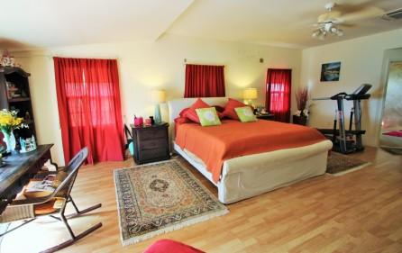 right-on-simpson-bay-beach-villa-for-sale – 7