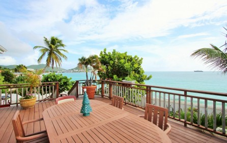right-on-simpson-bay-beach-villa-for-sale – main