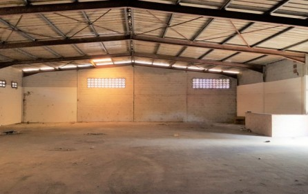 cole-bay-warehouse-1-for-rental-lease-1