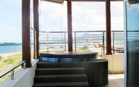 blue-marine-duplex-condo-rental-in-maho-sxm-4