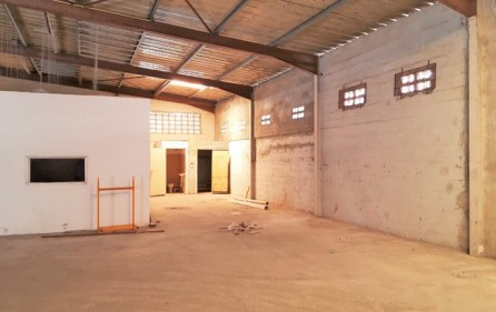 cole-bay-warehouse-1-for-rental-lease-4