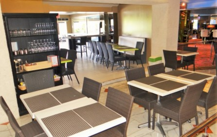 shak-restaurant-business-in-cupecoy-sxm-for-sale-2