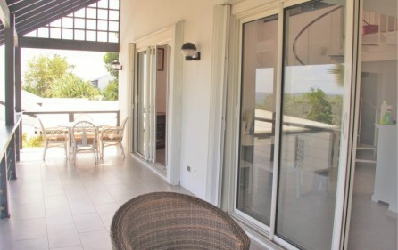 zircon-road-8-condo-for-rent-in-pelican-key-sxm-3