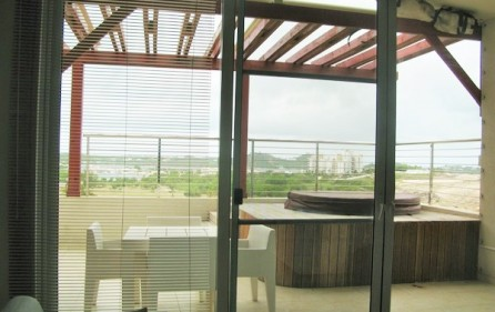 blue-marine-d17-condo-for-rent-in-maho-4