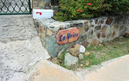 la-brise-large-villa-for-sale-in-oyster-pond-35