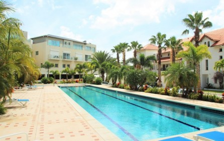 simpson-bay-yatch-club-waterfront-condo-apartment-for-sale-5